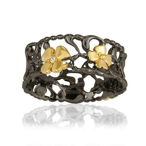 Blossom Copenhagen Gold Plated Silver Foliage Diamond Thin Band Ring: http://www.gemondo.com/p-21040-blossom-copenhagen-gold-plated-silver-foliage-diamond-thin-band-ring.aspx