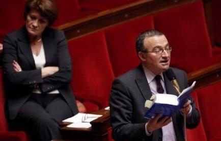 Cahuzac: Mariton (UMP) demande un changement de gouvernement