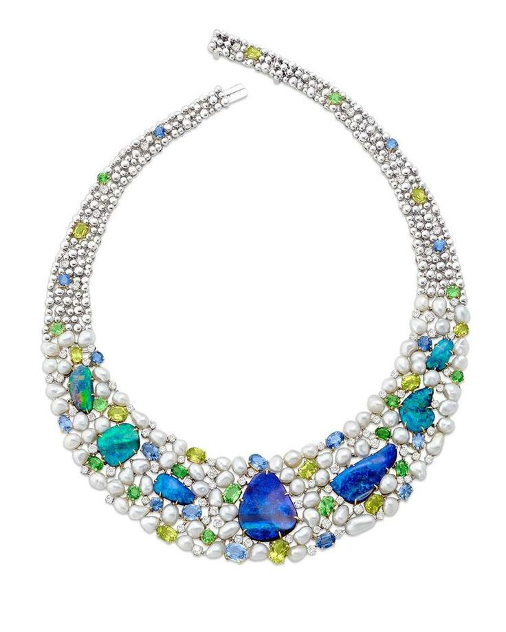 how to find opals in australia