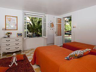 La Villa Ioanes Location de vacances Camargue @homeaway! #vacation #rental #travel #homeaway #piscine #camargue #location #villa #provence #plage #kitesurf #plagenapoleon #portsaintlouisdurhone #villaioanes