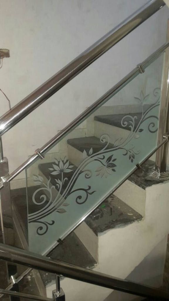 Staircase glass etching designs