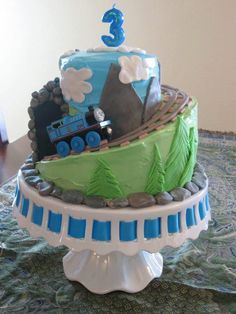 Thomas the Train cake, I don't think I could ever do this one, but it is SOOOO cool!