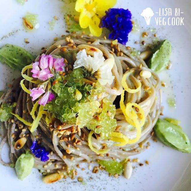BEAUTIFUL #Vegan superfood spaghetti #fingerlime Lisa Bi Veg Cook: yogurt