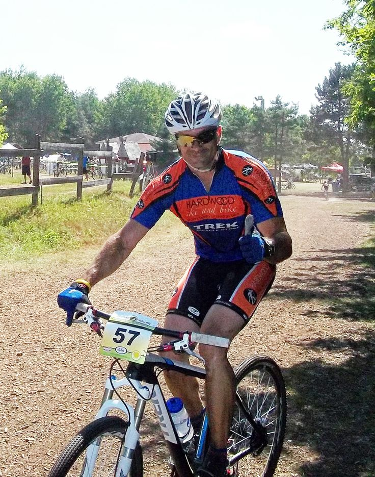 Everyone Loves Riding at Hardwood Ski and Bike! #mtb #oromedonte