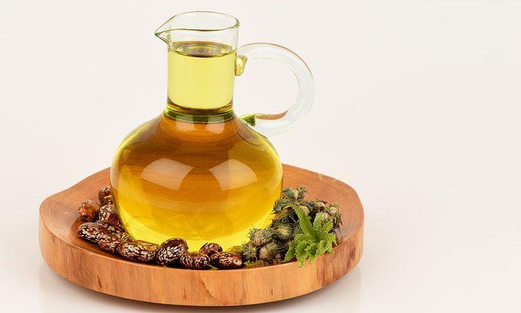 Uleiul de ricin (cunoscut şi sub numele de ulei de castor) este un ulei folosit în întreaga lume pentru îngrijirea pielii, a părului, pentru masaj şi pentru prevenirea şi combaterea diferitelor afecţiuni de sănătate. Planta de ricin este originară din India, însă este cultivată şi în Asia, Brazilia sau în unele ţări din Africa. […]