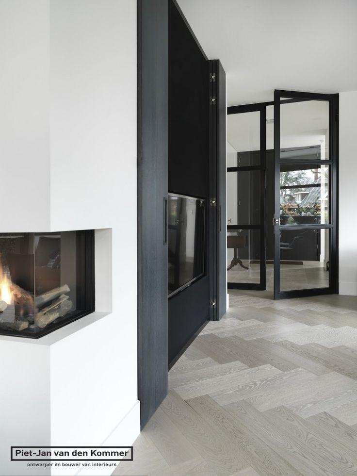 Moderne villa - tvmeubel-boekenkast1
