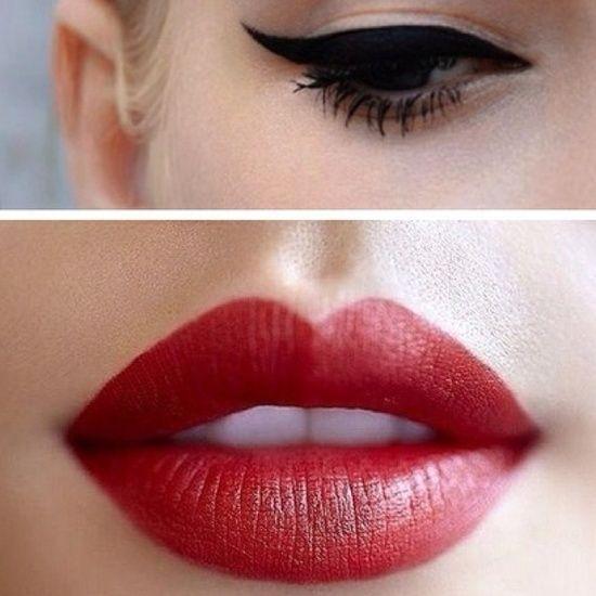 Para mi primera fiesta Blanco Y Negro. Llevaría un Maquillaje retro con labios rojos y delineador con forma de ala con un poquito de rubor... #PrimerasVecesbyCyzone