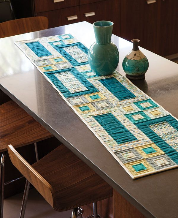 Table Runners In Easy Quilts Spring 2013     Not Sure If The Attraction Is  The Colour, Pattern Or Quilting!