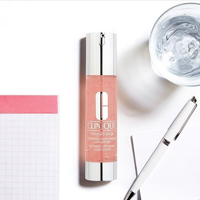 Prep your skin for the week ahead with the new Clinique Moisture Surge Hydrating Supercharged Concentrate. The water-gel formulation gives thirsty skin extra hydration for a full 24 hours. Available online now with free shipping from us at Kiana Beauty Melbourne.  pic via @clinique_oz