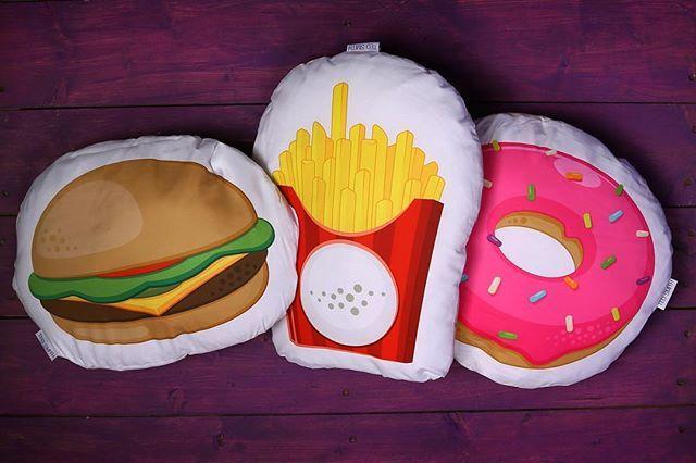 Coussins en forme de #Hamburger #frites ou #Donut