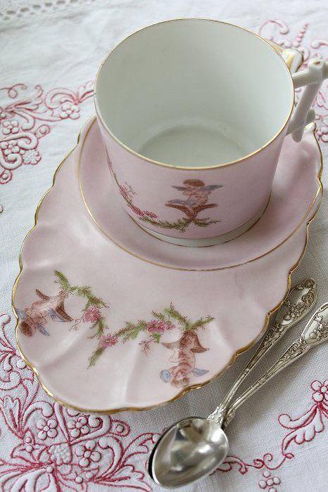 253 best images about snack sets on pinterest set of for Set petit dejeuner porcelaine