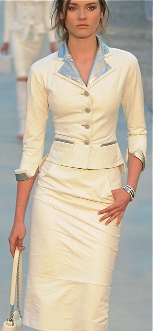 """Modest doesn't mean frumpy. Sign up for modest fashion tips: www.ColleenHammond.com Do your clothing choices, manners, and poise portray the image you want to send? """"Dress how you wish to be dealt with!"""" (E. Jean)"""