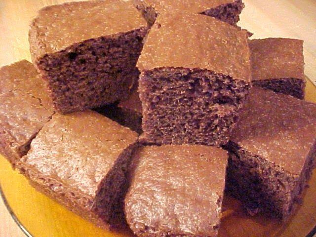 la table en fête  : Gâteau au chocolat et à la crème aigre Viviane