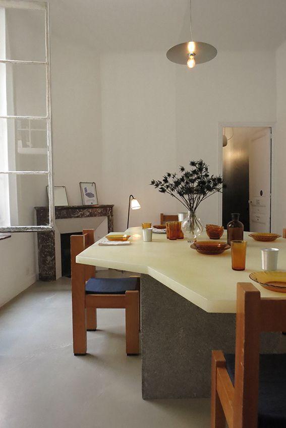 Cool Shaped Table Interieur Maison Amenagement Interieur Deco Interieure