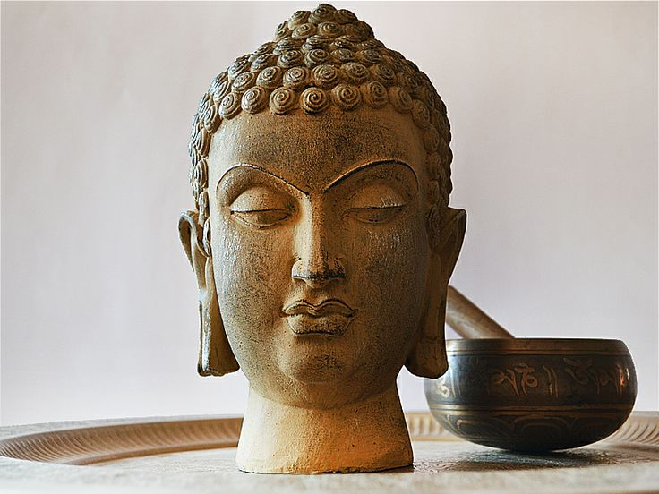 Buda  Visitanos www.carolabatlle.cl