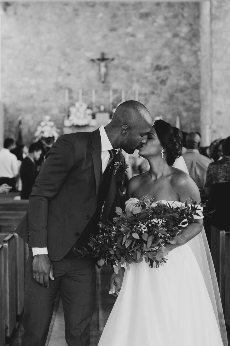 A Sweet Rustic Diy Wedding In Trinidad And Tobago Rustic Wedding Diy Wedding Destination Wedding Accessories