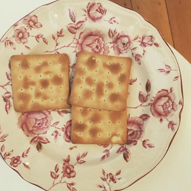 Waah I'm sick. But improving. So much, I can now keep some #punjasbreakfastcrackers down. Yes. #fiji #breakfastcrackers #punjas #melanesians #melanesiandiaspora #wannesia #iphonephotography #baimikisim