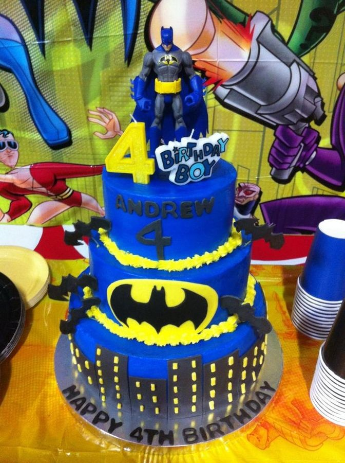 ... Pinterest  Batman cakes, Birthday cakes and Childrens birthday cakes