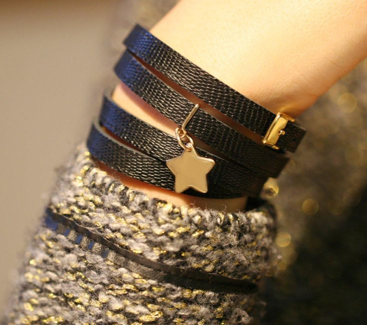 Let me be the star of Xmas evening :) Leather bracelet and gold-plated star!  48£ #christmas #presents #bracelet #star #jewelry