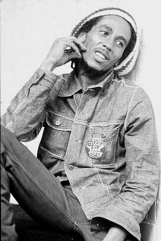 **Bob Marley** Offices of Island Records, London, UK, July 24, 1975. ►►More fantastic pictures, music and videos of *Robert Nesta Marley* on: https://de.pinterest.com/ReggaeHeart/ ©Michael Putland/ www.gettyimages.de