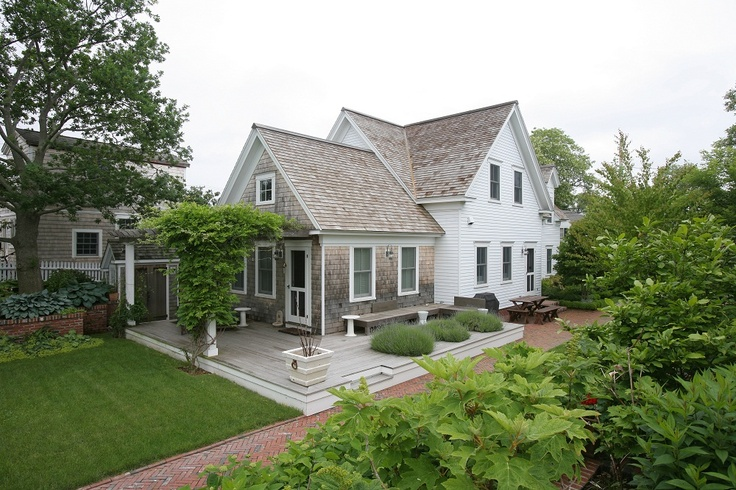 17 best images about house exterior on pinterest roof for Custom built brick homes