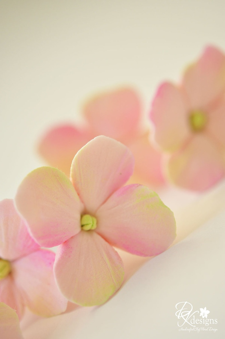 COUTURE CLAY - Made to Order Peachy Pink Hydrangea Hair Flowers. $30.00, via Etsy.