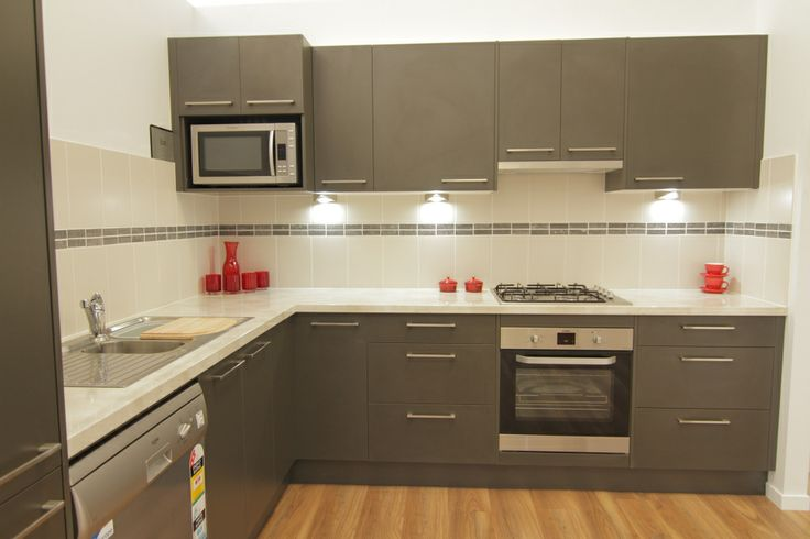www.wallspan.com.au An environmentally friendly kitchen design, the Eco range is a contemporary option available in a range of colours.