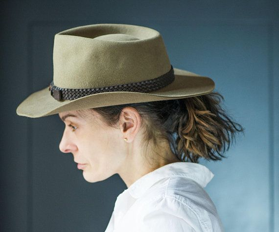 Akubra Snowy River Cowboy Hatvintage Sandy Size 56 Iconic Etsy Akubra Hats Vintage Wide Brim Fedora