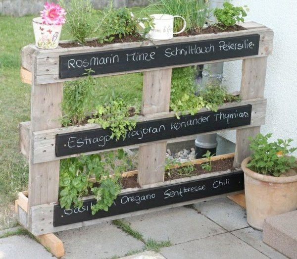 Euro pallet original furniture design shelf for flowers