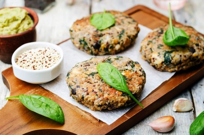 I don't know about you, but the thought of tofu burgers, isn't very appealing. Granted, I'm not a vegetarian or vegan (in fact, I love meat), however, I'm all about great tasting options that are packed with nutrients. That's where these delicious quinoa and black bean burgers come in. I'll admit, my husband isn't a …