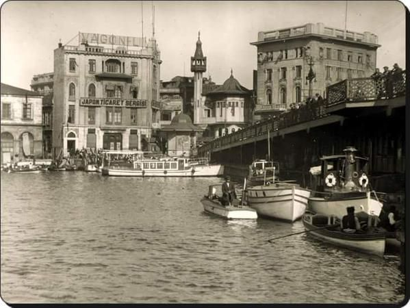 A photo of Karaköy taken in 1937.Sad to see that adorable little wooden mosque is gone..