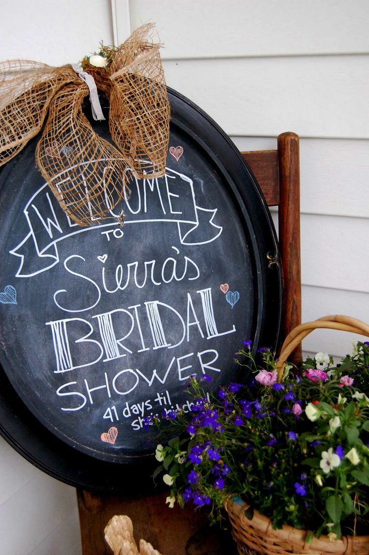 Chalkboard Bridal Shower - Love the simplicity of this!