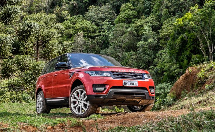 The 2014 Land Rover Range Rover Sport is one of the top rated luxury vehicles on TCC.
