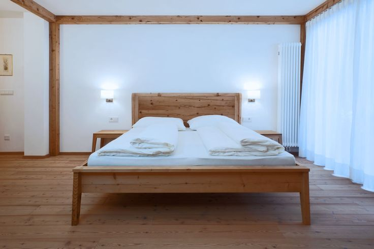 #Bedroom in a mountain hotel: South Tyrolean #style revisited and made current #Schlafzimmer