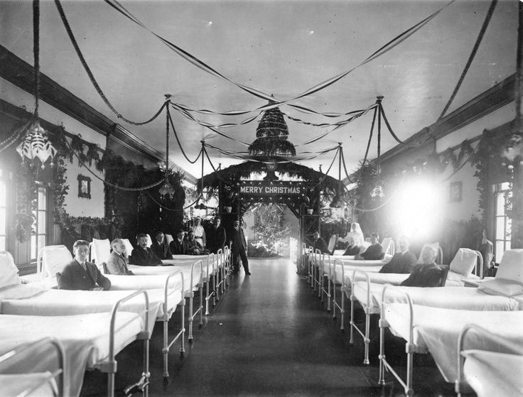 Ward of Shaughnessy Hospital decorated Christmas celebrations, 1920. (Photo via Vancouver Archives)