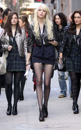 Taylor Momsen Fashion and Style - Taylor Momsen Dress, Clothes, Hairstyle - Page 14