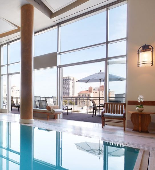 These are the country's best spas.. Nob Hill Spa at The Scarlet Huntington- San Francisco, California: Enjoy captivating views of San Francisco's Nob Hill district, located inside the Scarlet Huntington. This spa retreat is arranged according to the prehistoric theories of fung shui.