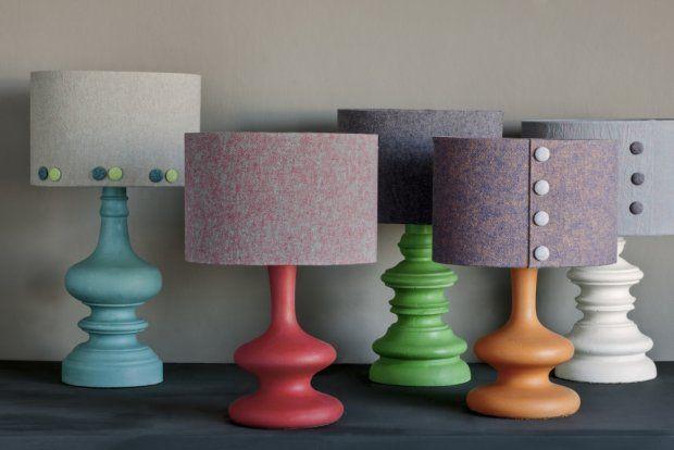 Lampy z abażurami z tkanin z nowej kolekcji Annie Sloan