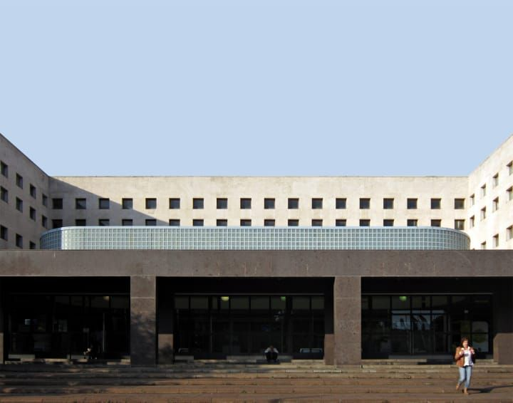 Palazzo delle Poste in via Marmorata, 1933-1935