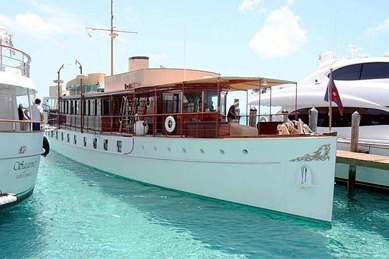 1926 restored yacht......