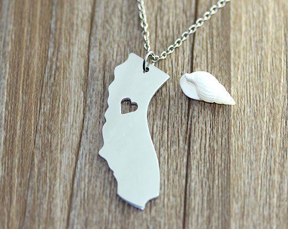 I heart California Necklace  $10.50 - California Pendant - State Necklace - State Charm - Map necklace - Map Jewelry