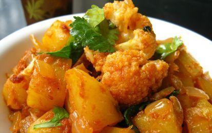 Cavolfiori e patate saporite, ricetta vegetariana - I cavolfiori e patate saporite sono una ricetta vegetariana per realizzare un contorno gustoso o un piatto unico leggero e delizioso.