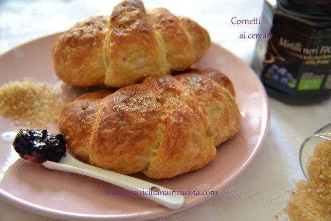 cornetti ai cereali http://unasicilianaincucina.com/cornetti-ai-cereali/