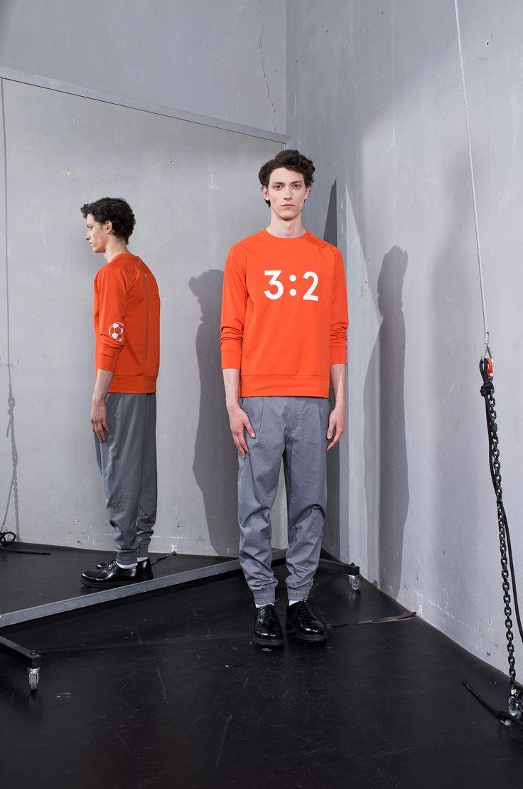 MEI KAWA | 3:2 Graphic Orange Sweatshirt