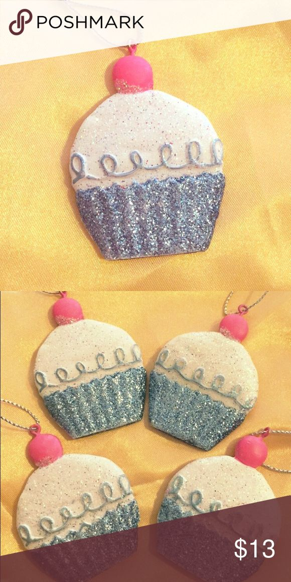 Adorable Cupcake Ornaments Four cupcake ornaments just cute as can be! Perfect for your family's Christmas tree or your college student's mini tree in their dorm. Their sweet size is perfect, they sit in the palm of my hand with a bit of room to spare. They look adorable and delicious! Accessories