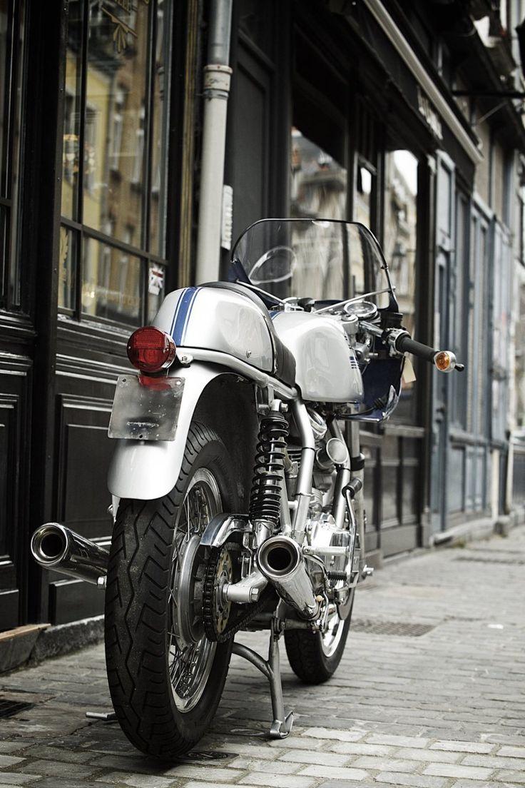 Ducati 900 ss 1975 vendre chez legend motors lille