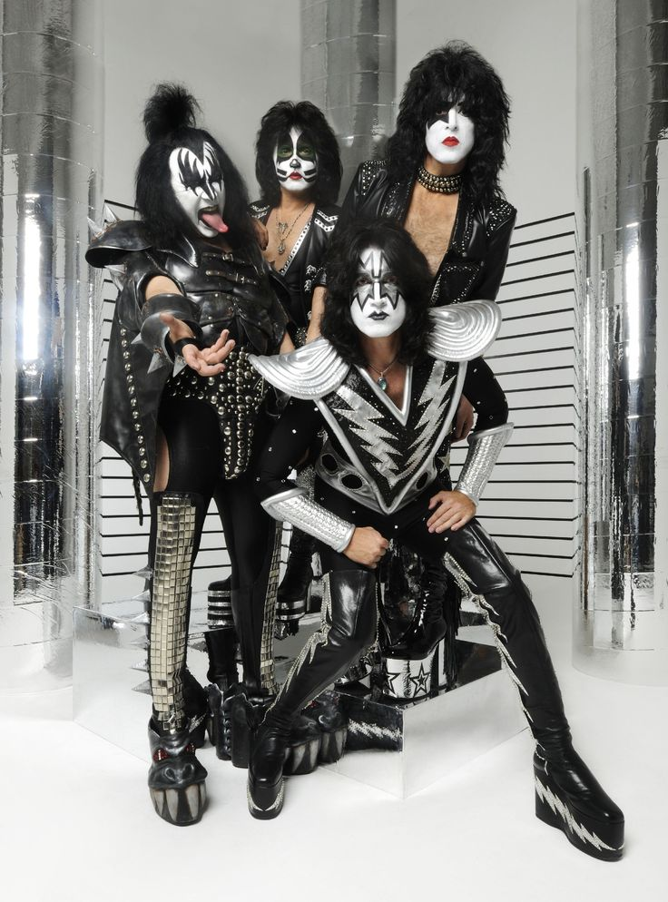 The members of Kiss, clockwise from top left, are Gene Simmons, Eric Singer, Paul Stanley and Tommy Thayer. Description from vcstar.com. I searched for this on bing.com/images