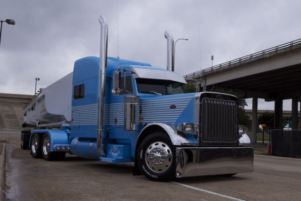 Custom Big Rig Truck Show Diesel
