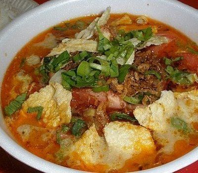 Soto Betawi: different with Soto Mie, there are no noodles in this Soto, but kind of vermicelli and emping (indonesians chips) #Indonesian Food