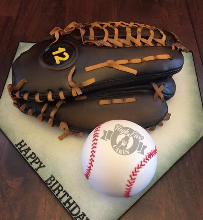 Top Baseball Cakes: 800 Best Cakes Images On Pinterest